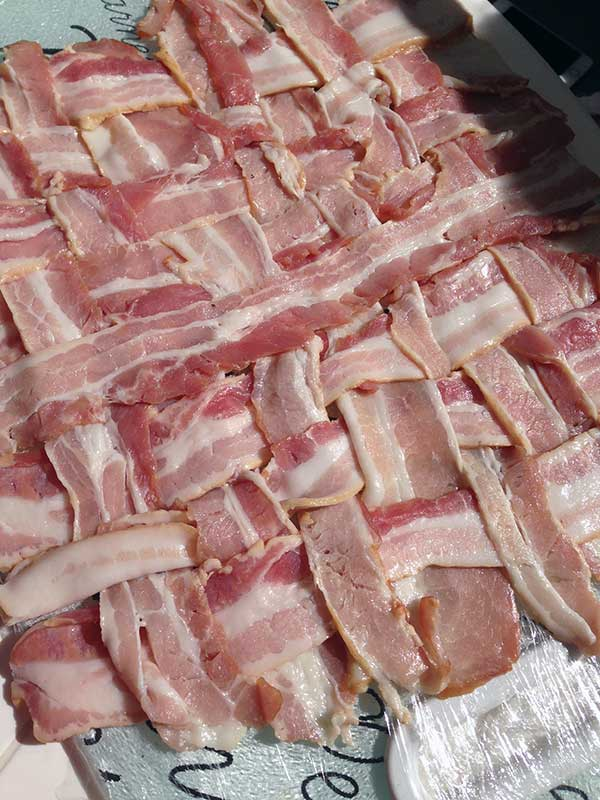 tranca-de-bacon-cru